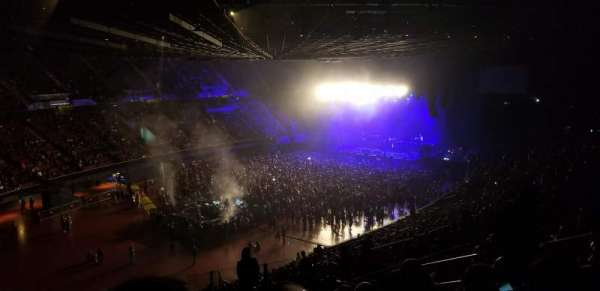 The Forum, sección: 204, fila: 9, asiento: 11