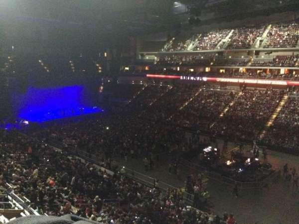 Wells Fargo Arena, sección: 215, fila: A, asiento: 17
