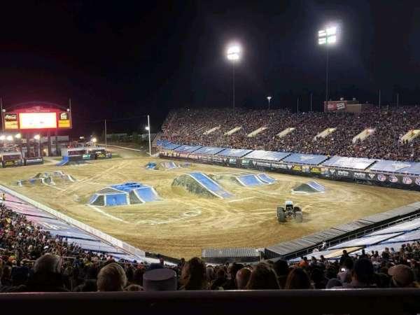 Sam Boyd Stadium, sección: 320, fila: 45, asiento: 25