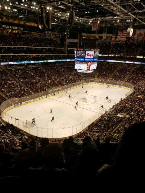 Gila River Arena, sección: 205, fila: G, asiento: 10