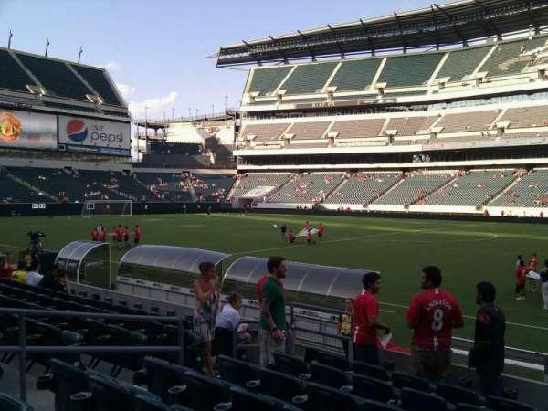 Lincoln Financial Field, sección: 103, fila: 8, asiento: 10