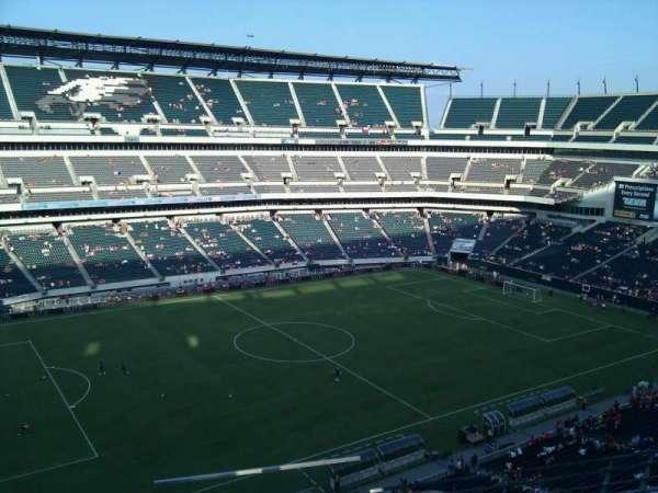 Lincoln Financial Field, sección: 241, fila: 4, asiento: 1