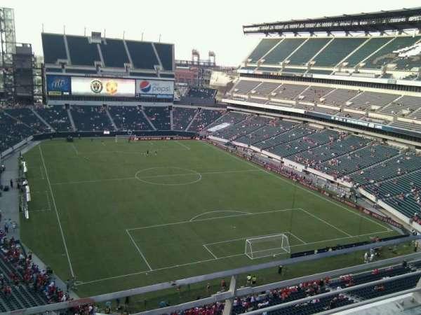 Lincoln Financial Field, sección: 209, fila: 2, asiento: 11