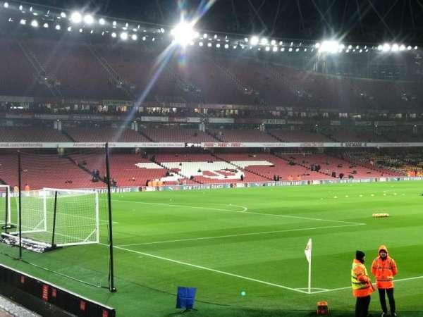 Emirates Stadium, sección: 5, fila: 5, asiento: 155