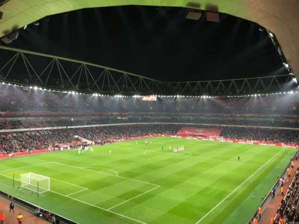 Emirates Stadium, sección: 119, fila: 2, asiento: 793