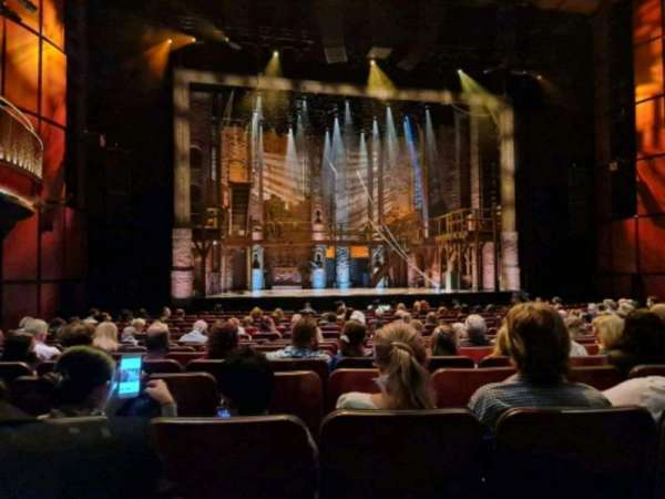 Sydney Lyric, sección: stalls, fila: M, asiento: 22
