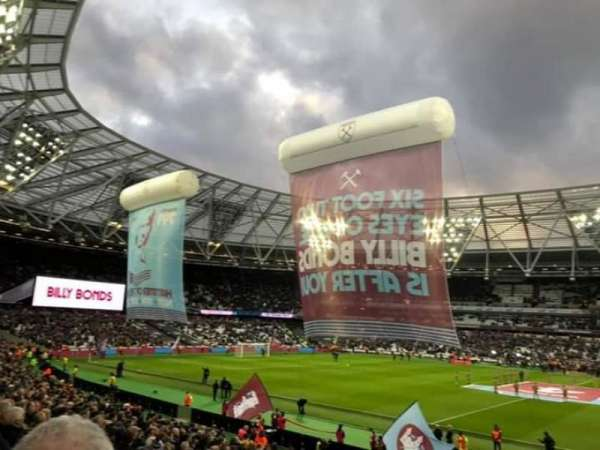 London Stadium, sección: 137 Block G, fila: 23, asiento: 225