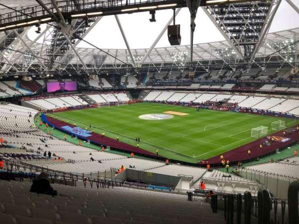 London Stadium, sección: 243, fila: 61, asiento: 218