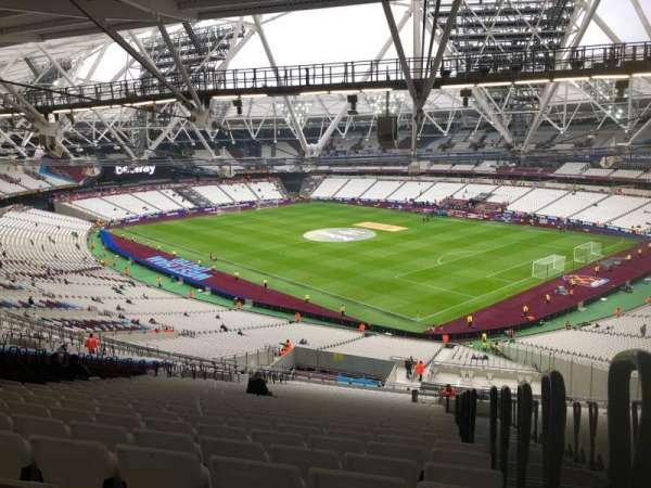 London Stadium, sección: 243, fila: 69, asiento: 218