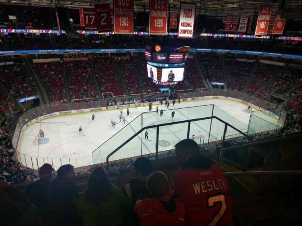 PNC Arena, sección: 326, fila: F, asiento: 3