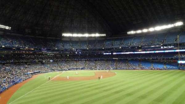 Rogers Centre, sección: 205R, fila: 21, asiento: 32