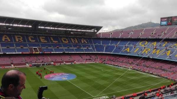 Camp Nou, sección: 332, fila: 25, asiento: 02