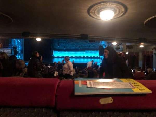 Broadhurst Theatre, sección: Orchestra R, fila: Standing Room, asiento: 10