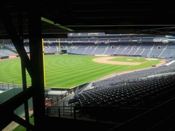 Turner Field, sección: 328L, fila: 6, asiento: 101