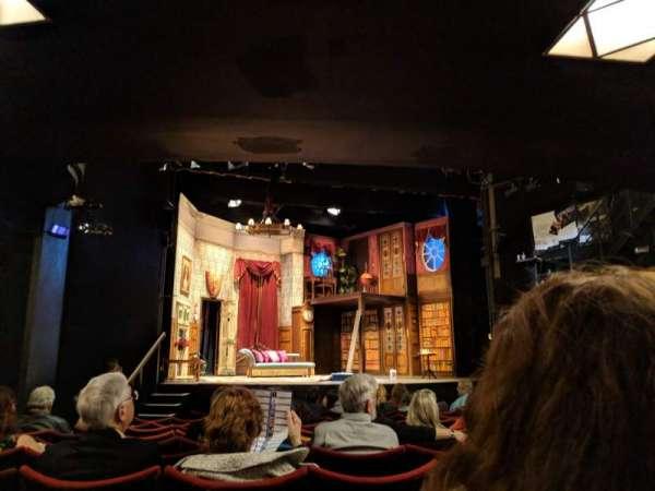 Duchess Theatre, sección: Stalls, fila: M, asiento: 21