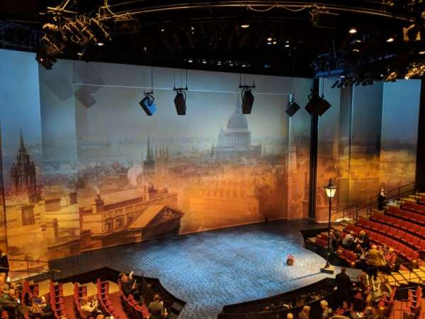 Vivian Beaumont Theater, sección: Loge LC, fila: A, asiento: 209