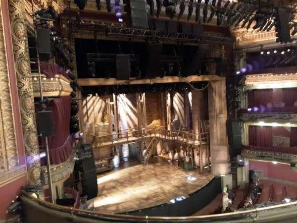 CIBC Theatre, sección: Mezzanine L, fila: E, asiento: 13