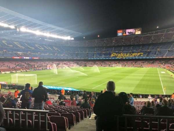 Camp Nou, sección: 123, fila: 17, asiento: 2