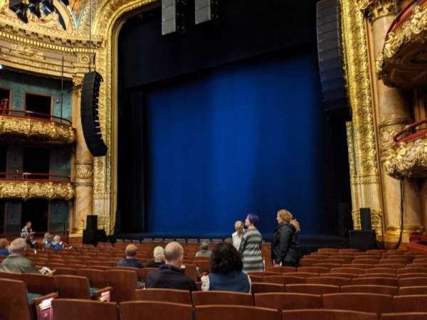 Emerson Colonial Theatre, sección: Orchestra, fila: Q, asiento: 12