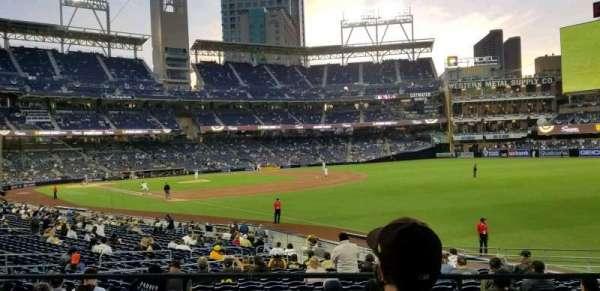 PETCO Park, sección: 129, fila: 129, asiento: 7 & 8