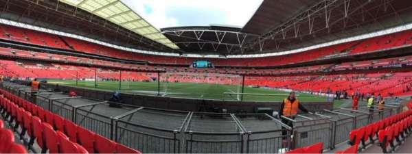 Wembley Stadium, sección: 132, fila: 4, asiento: 286
