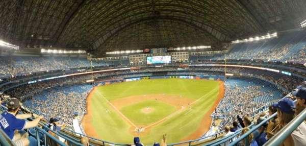 Rogers Centre, sección: 524AL, fila: 5, asiento: 105