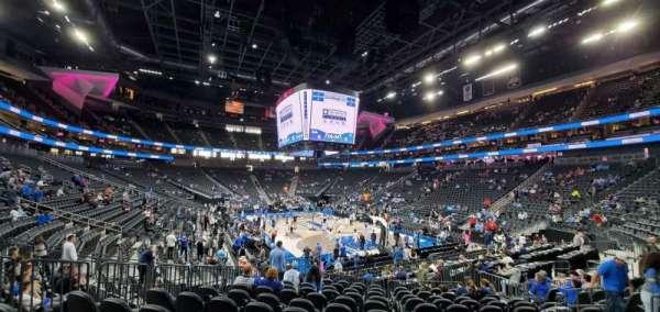 T-Mobile Arena, sección: 19, fila: L, asiento: 8