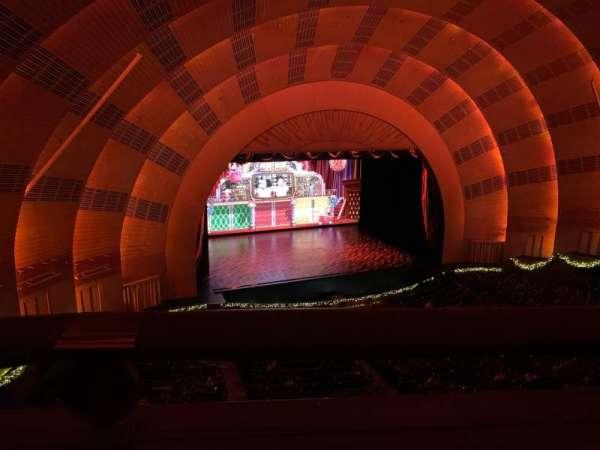 Radio City Music Hall, sección: 3rd Mezzanine 6, fila: A, asiento: 611
