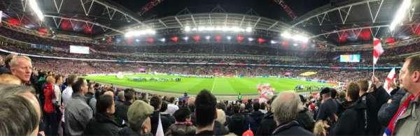 Wembley Stadium, sección: 122, fila: 20, asiento: 317