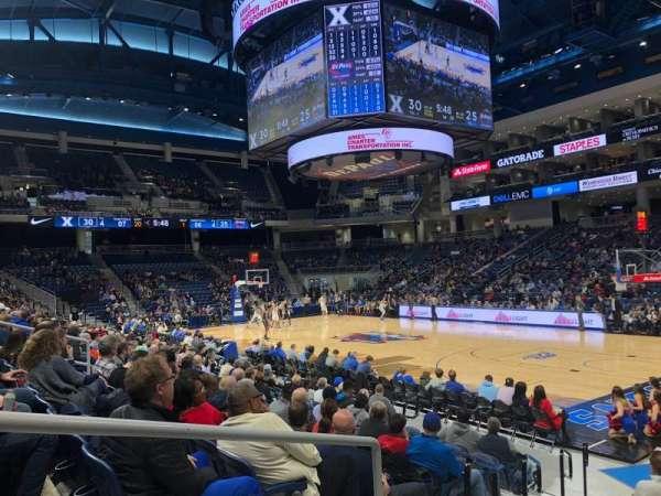Wintrust Arena, sección: 121, fila: E, asiento: 17