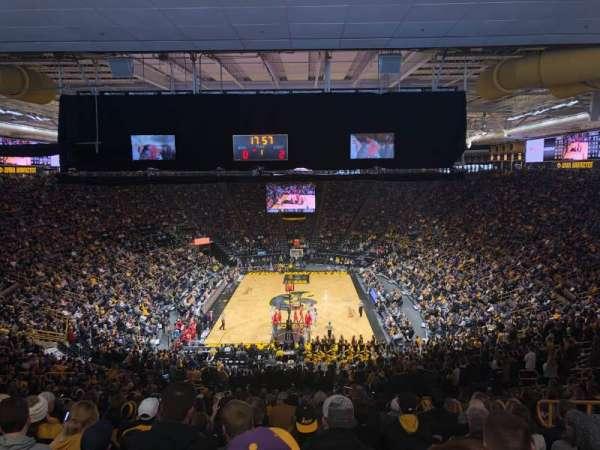 Carver-Hawkeye Arena, sección: H, fila: 42, asiento: 8