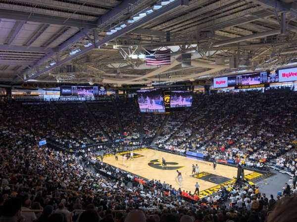 Carver-Hawkeye Arena, sección: E, fila: 32, asiento: 12