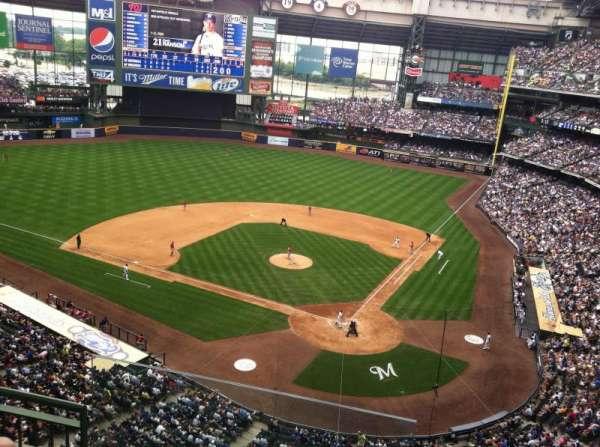 Miller Park, sección: 424, fila: 3, asiento: 20