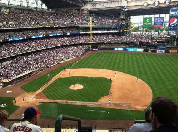 Miller Park, sección: 413, fila: 4, asiento: 13