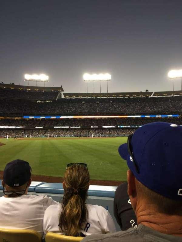 Dodger Stadium, sección: 52fd, fila: B, asiento: 3