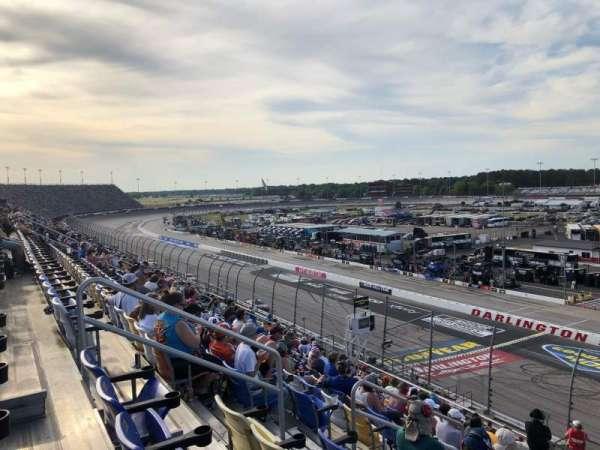 Darlington Raceway, sección: Tj, fila: 15, asiento: 16