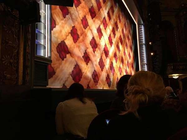 Brooks Atkinson Theatre, sección: Orchestra Left, fila: C, asiento: 13