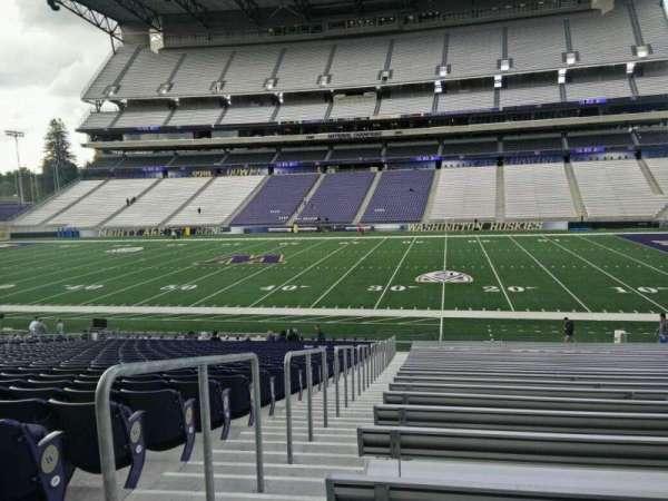 Husky Stadium, sección: 127, fila: 29, asiento: 29