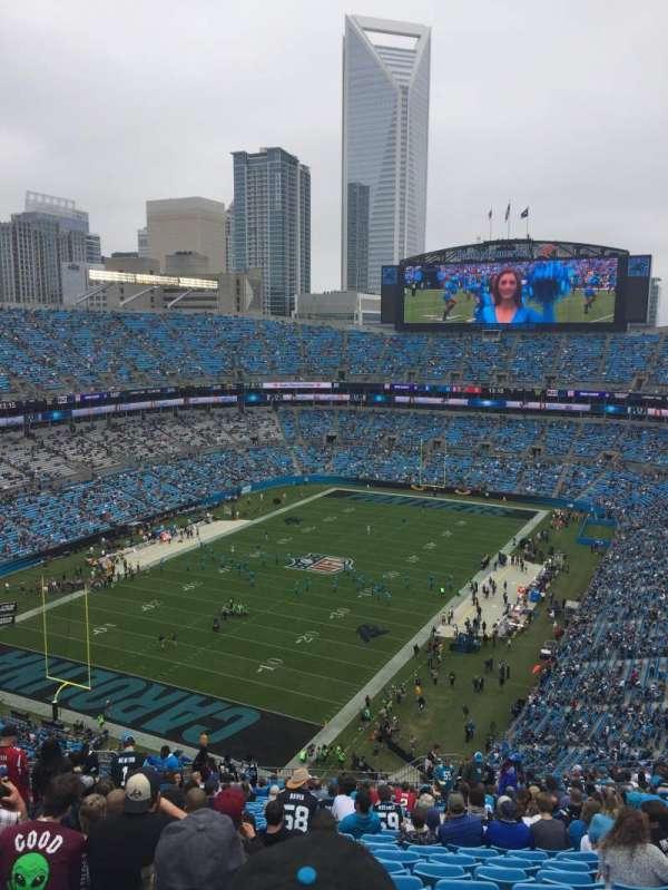 Bank of America Stadium, sección: 551, fila: 24, asiento: 12