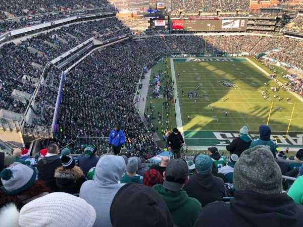 Lincoln Financial Field, sección: 209, fila: 15, asiento: 4