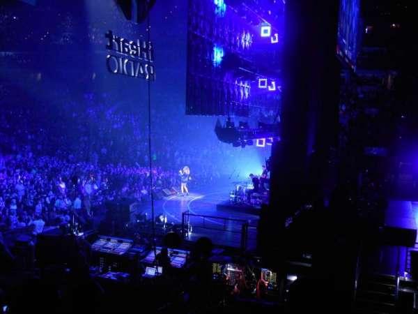 TD Garden, sección: Loge 20, fila: 15, asiento: 16