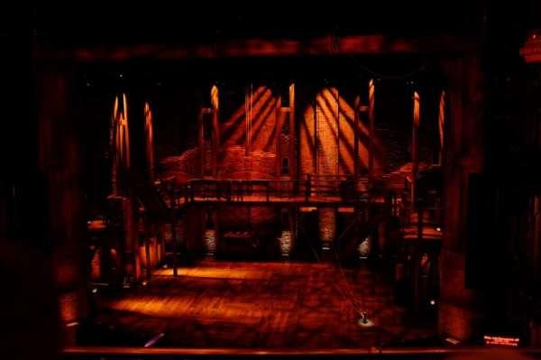 CIBC Theatre, sección: Mezzanine RC, fila: B, asiento: 312