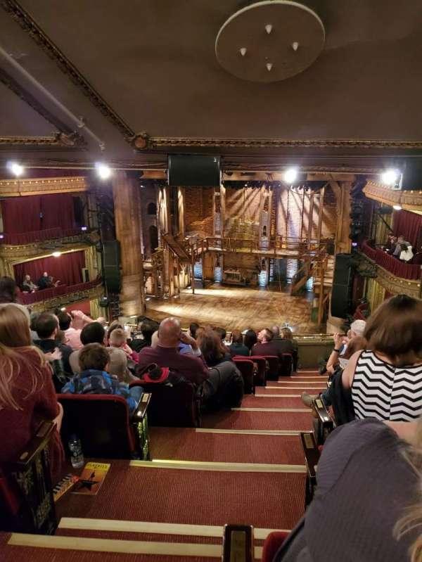 CIBC Theatre, sección: Mezzanine R, fila: L, asiento: 2