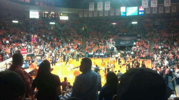 Don Haskins Center, sección: Z, fila: 8, asiento: 2