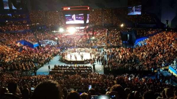 RAC Arena, sección: 304-1, fila: M, asiento: 10