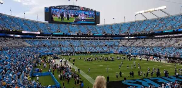 Bank of America Stadium, sección: 233, fila: 4, asiento: 7