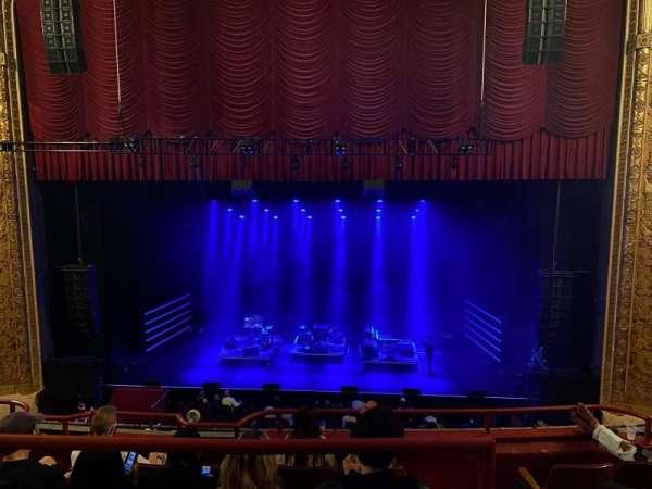 Chicago Theatre, sección: BALCony4, fila: A, asiento: 410