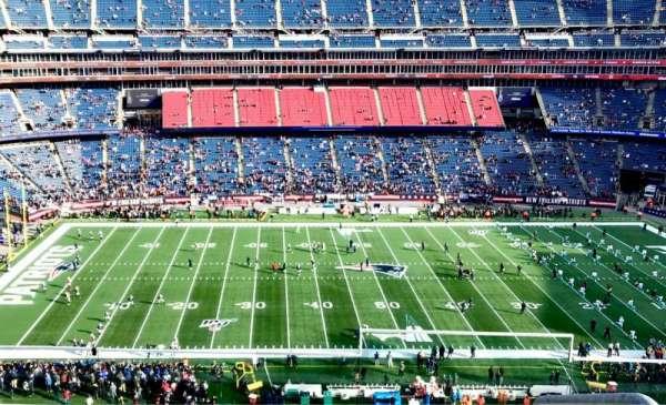 Gillette Stadium, sección: 333, fila: 4, asiento: 1