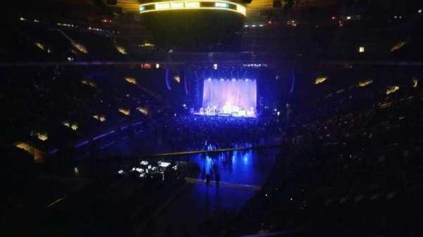Madison Square Garden, sección: 206, fila: 1, asiento: 1