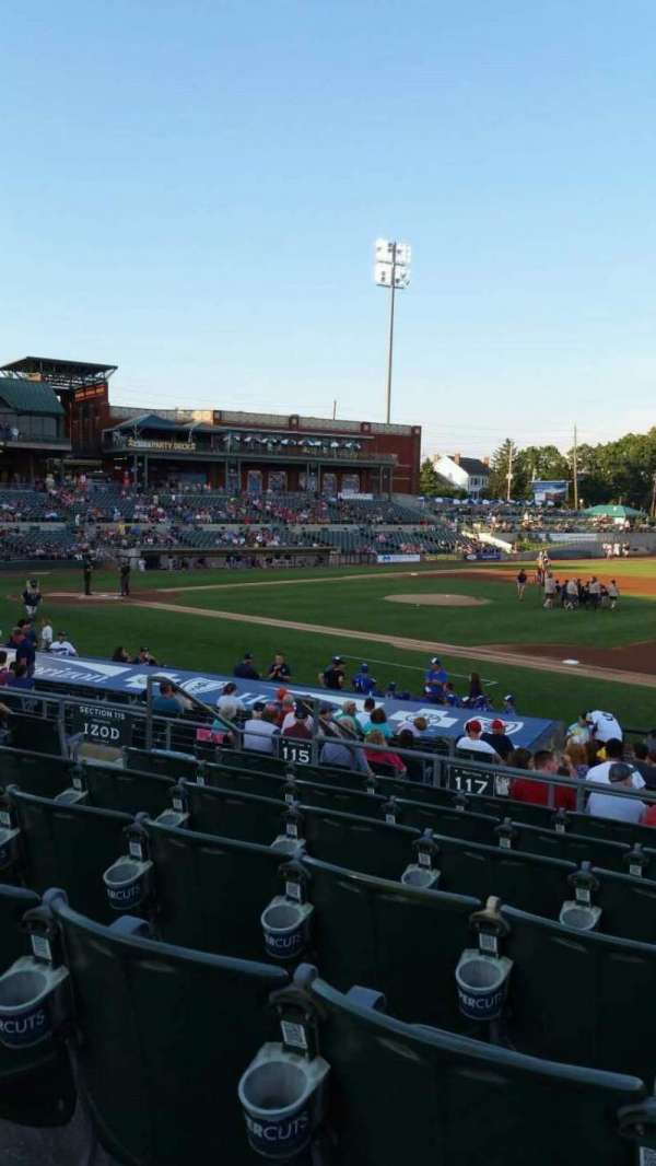 TD Bank Ballpark, sección: 215, fila: Q, asiento: 12